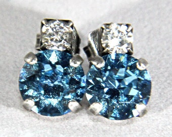 39ss Light Turquoise Swarovski Crystal Stud Earrings with Rhinestone