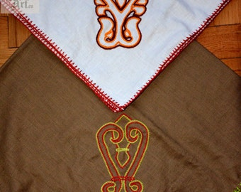 Medieval shawl, 100% linen, handembroidery