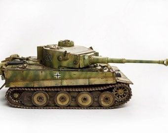 1/48 scale Tiger I model