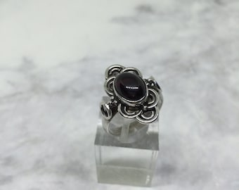 Size 6, vintage Sterling silver handmade ring, solid 925 silver with Ruby stone, stamped 925