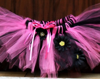 Fashionista Tutu, Pink and black tutu, Baby tutu, Toddler tutu, Child tutu, Birthday tutu, Flower girl tutu, Tutu with flowers, Tutu costume