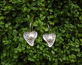 Silver Heart Earrings With Pearl Blob