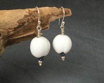 Porcelain Flower Earrings - Blue Sapphire