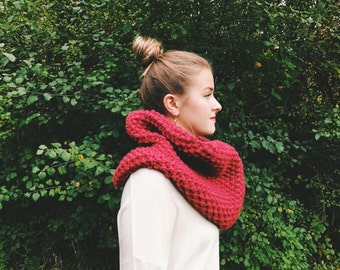 Chunky Cowl | The Karsen | Cranberry