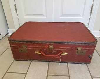 Vintage Suitcase Travel Pet Bed - Large (Red)