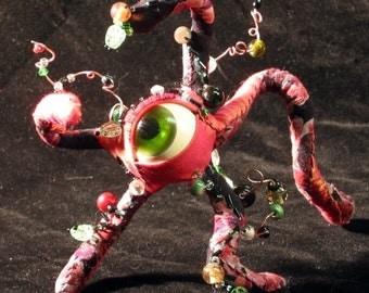 Custom Cute Alien Crawling Eye Soft Sculpture