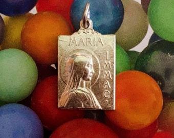 MARIA IMMACULATE MEDAL Vintage Souvenir Silver Plate Lourdes France