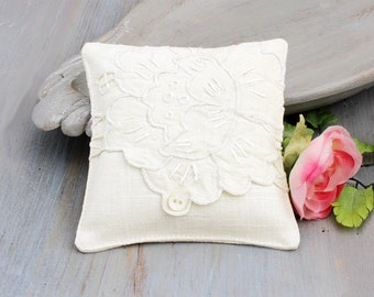 Linen Lavender Sachet with Embroidered Edge, Cottage Home Decor