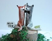 Wedding cake topper Fox and Wolf  - Clay Fox and Wolf  - Woodland Cake Topper - Rustic Wedding Cake Topper - MADE TO ORDER