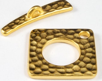 18mm Antique Gold Hammered Square Toggle Clasp #CKB171