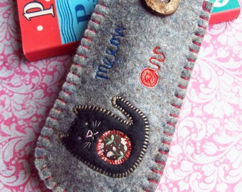 Felt Glasses Case - Black Cat and Ball of Wool - free P & P (within UK)