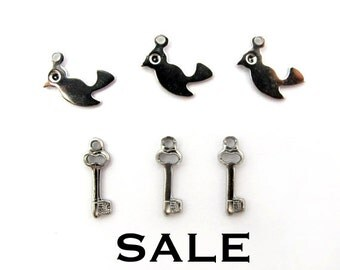 Vintage Rhodium Plated Tiny Bird and Skeleton Key Charms (24X) (V489) SALE - 25% off