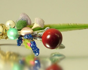 Antique vintage / estate Art Deco 1930s / 1940s miniature brass & red blue green flower corsage costume brooch/ pin - jewelry / jewellery