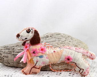 Goofy Gabby - Spring Dachsund Doxie Doggy Quilty Critter - OOAK, Novelty, Folk Art, Ornament