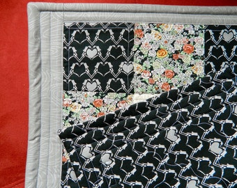 ON SALE Zombie Goth Kitty Quilt Blanket For Mew