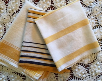 Vintage Kitchen Towels - Yellow and Navy Blue - Set of 3 - Linen Towels