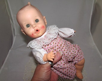 Vintage Gerber  Baby Doll, 12 Inch, Drinks Wets Cries, Moveable Arms & Legs, Molded hair, 50s, childs toy, collectible, Sun Rubber Co