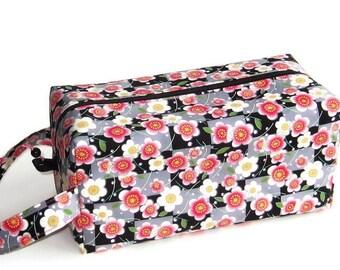 Bigger Boxy Bag Knitting Project Bag - Cherry Blossom Square