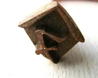 Vintage Japanese Branding Iron - Yakiin - Yakin - Vintage Branding Iron - Metal Stamp - Nu in Katakana Character F80