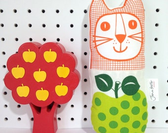 New Scandi Apple Vintage 70s Fabric Toy Cat by Jane Foster
