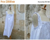 SUMMER SALES Vintage Antique old French 1900 Edwardian white cotton dress underdress with ton on ton embroiderys size L/Xl