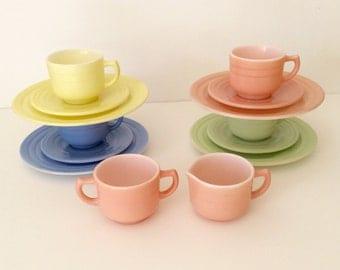 """Vintage Hazel Atlas Moderntone """"Little Hostess"""" Children's Party Tea Set in Pastel Colors"""