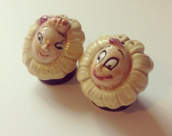Vintage Anthropomorphic Flower Face Salt Pepper Shakers