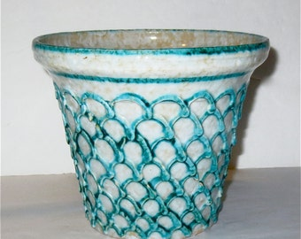 Mid Century Italian Ceramic Flower Pot - Turquoise and White Petal or Fish Scale Repeat Pattern Design  - Vintage 60s  - Modern Decor