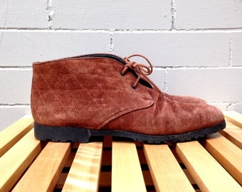 Vintage Saks Fifth Avenue Suede Booties // Quilted Design // Size 5 // Margom Soles // NARROW // Woven // Ankle Boots