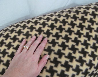SALE - Fleece Fabric Houndstooth per 1 yard - Brown and Tan Print - use for ponchos, scarves, mittens or blankets