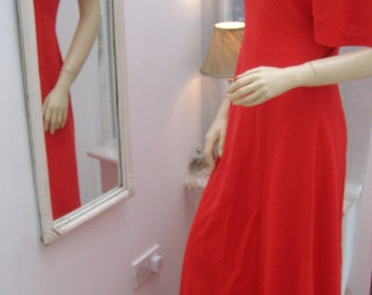 Vintage 70's Red Maxi Dress Long Hippie Hippy seventies Crimpelene Dress 1970's Dress
