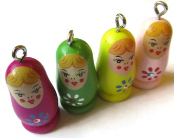 4 37mm Assorted Color Wooden Matryoshkas Wood Russian Doll Charms Nesting Doll Pendant Wooden Beads Wood Pendants Nesting Doll Charms