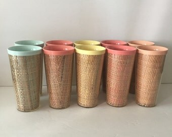 Plastic Picnic Tumblers with Rattan In Five Different Colors Set of 10 Thermo Temp