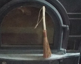 Pine Needle Whisk Broom Primitive Rustic Decor Prim Hand Besom Traditional Cabin Hearth Homestead Spun Cordage Red Cedar Wood Clean Living