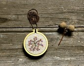 hand embroidery necklace - Little Root