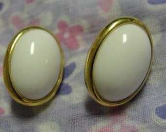Trifari White Oval Pierced Earrings