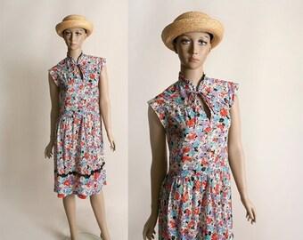 ON SALE Vintage 1970s Sheer Floral Dress - Spring Garden Poppy Print Dress - Medium Large
