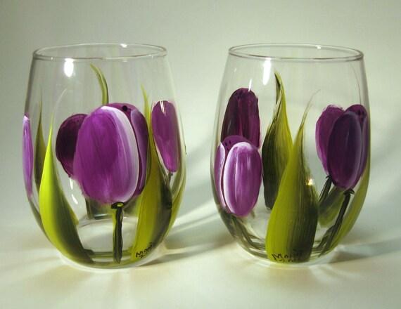 Hand painted purple tulip stemless wine glasses for Painted stemless wine glasses