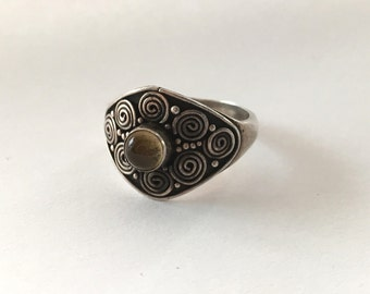 925 and citrine cabochon ring vintage