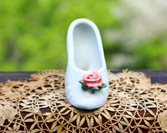 Kitschy Vintage White Ceramic Shoe Figurine Shoe Collectible