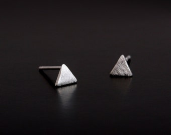 Triangle Earring Post Finding (ER75)