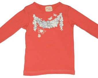 SAMPLE SALE -  Lily t-shirt in Garland - Size 12m... Versatile!