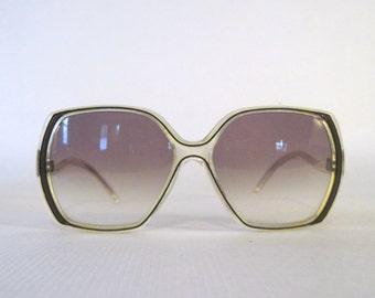MOD 1980s vintage oversized Sunglasses - Les Belles de Paris - dark plum, made in France