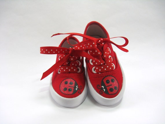 Girls Ladybug Shoes, Ladybug Outfit, Ladybug Theme Birthday Party, Hand Painted Red Canvas Sneakers, Ladybird Birthday, Baby and Toddler