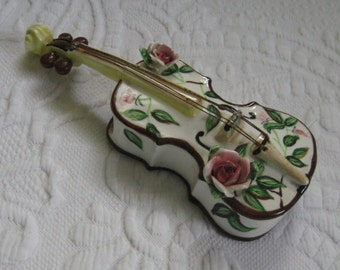 guitar wall pocket . guitar humidifier . wall pocket . guitar planter . guitar wall vase . humidifier