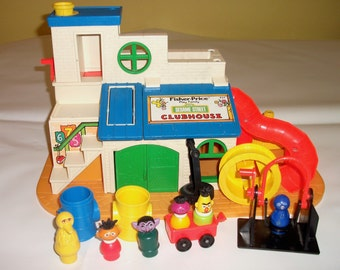Vintage Fisher Price Sesame Street Clubhouse Little People 1976 Children Playset Toy EXCELLENT CONDITION