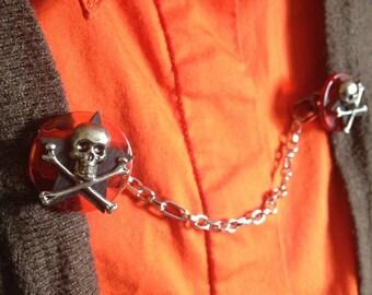 SALE: skull sweater clip