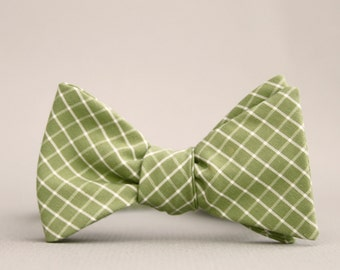 olive green lattice freestyle bow tie  //  mens self tie bow tie  //  pea green bow tie