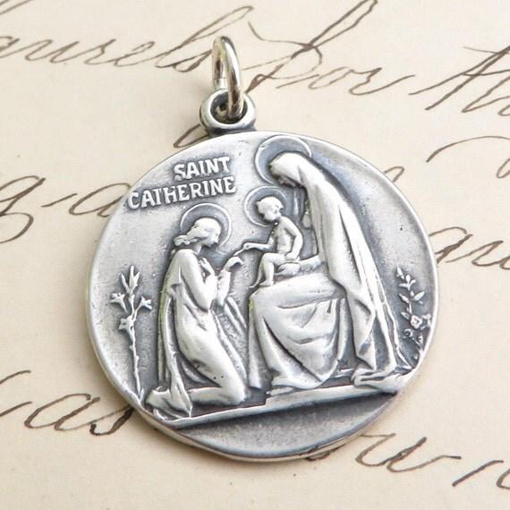 Vintage catherine siena medal