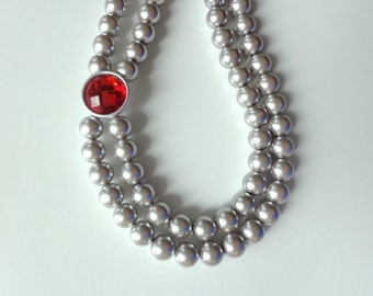Grey silver pearl necklace with red, double strand